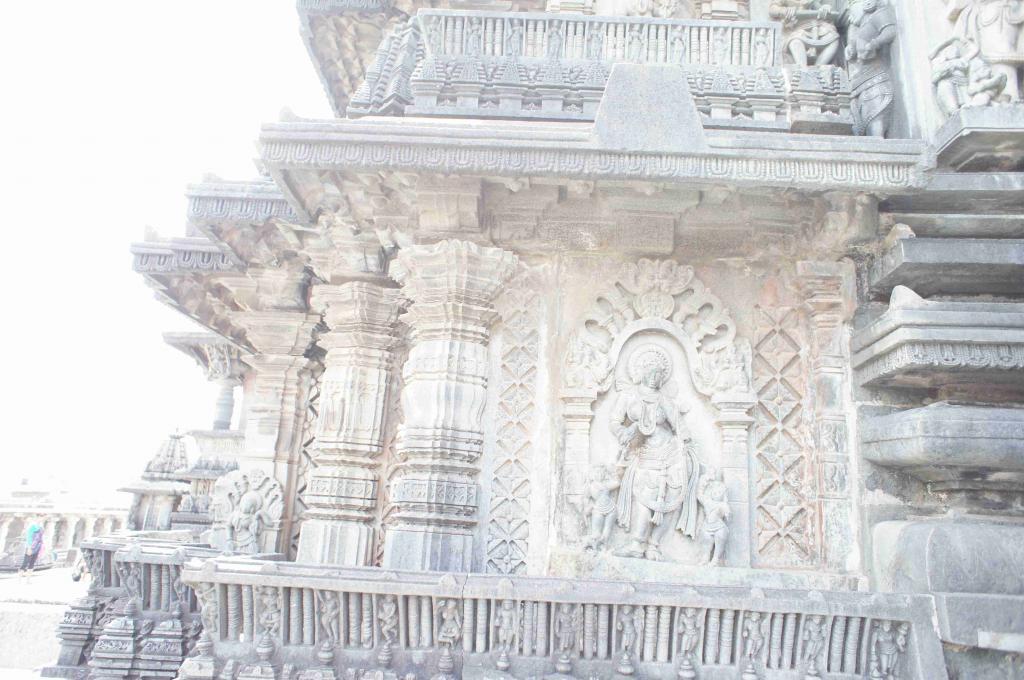 チェナケーシャヴァ寺院外壁
