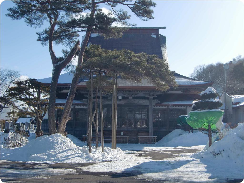 冬の本堂正面