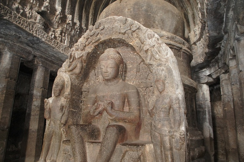 第10窟 チャイティヤ (仏教窟)